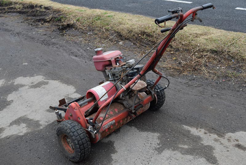 Robin / EY15 Lawn Mower in Zimbabwe Stock